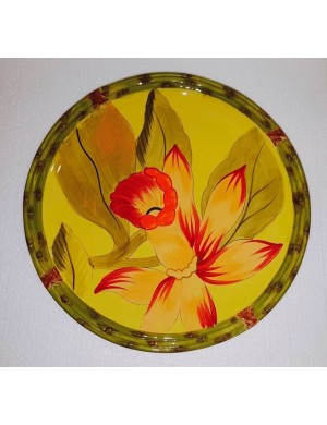 Dinner plate in yellow ceramic green outline